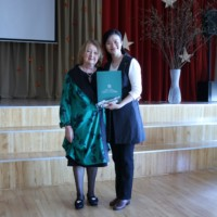 Riga Municipal Government Presents Appreciation Letter to Chinese Teacher Dong Fang