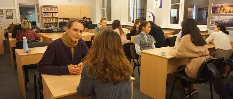 Chinese Corner/ Speed Talking held successfully in Latvia University