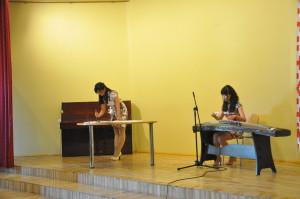 《春江花月夜》古筝演奏和书法表演