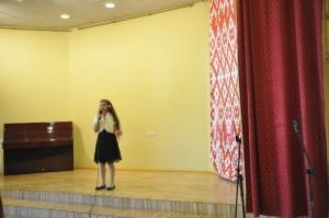 10岁汉语学习者玛莎演唱《前门情思大碗茶》