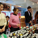 Chinese Embassy in Latvia Attend Riga Christmas Charity Bazaar